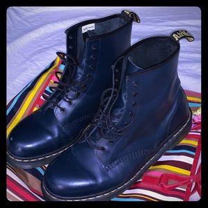 Dark blue leather Dr Martens sz 13